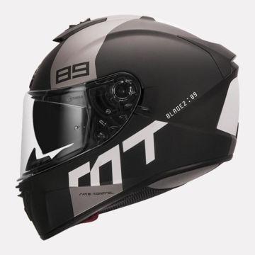 Resim MT Kask Blade 2 SV B2 Kapalı Motosiklet Kaskı Mat Siyah Beyaz